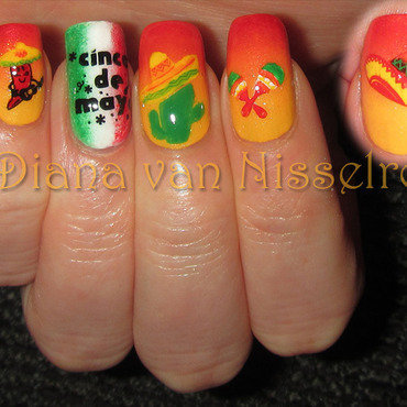 Cinco de Mayo nail art by Diana van Nisselroy