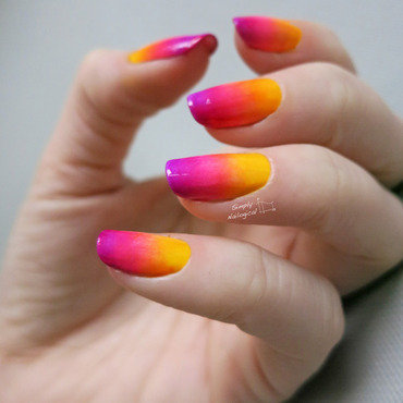 Bright and summery neon gradient nail art by simplynailogical