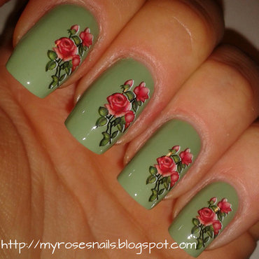 Red roses thumb370f