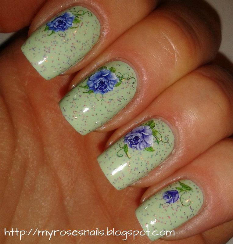 Blue floral in mint nail art by Ewa