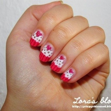 Cupcake nails for her nail art by Lora