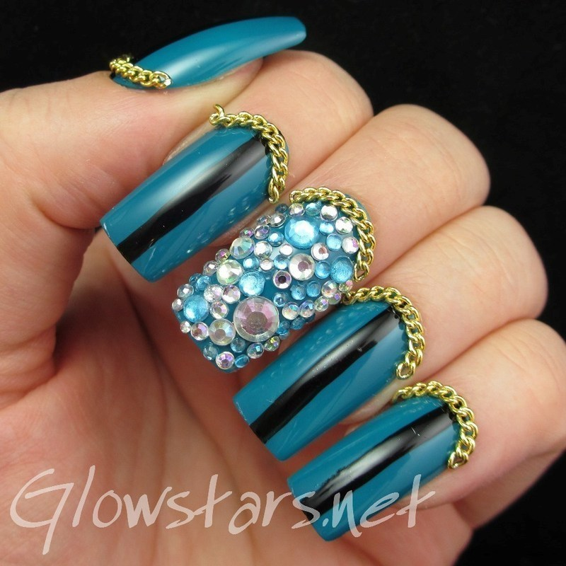 I wasn't looking where I was going; I fell into your eyes nail art by Vic 'Glowstars' Pires