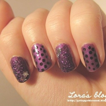 Dots and stars nail art by Lora