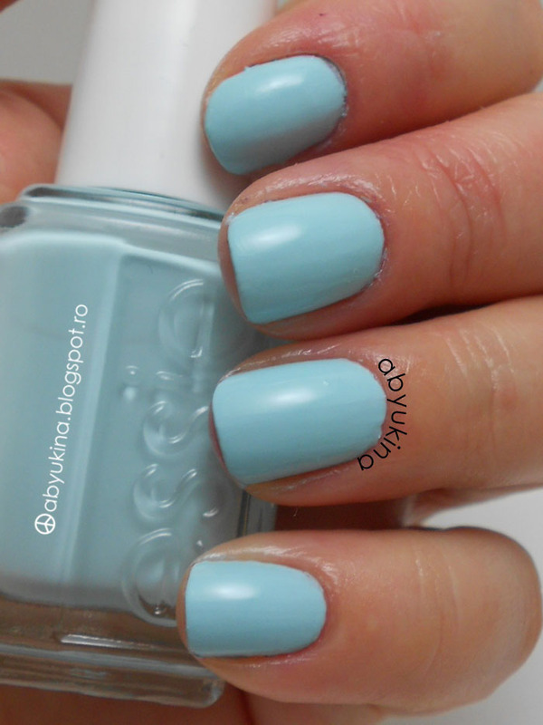 Essie Mint Candy Apple Swatch by Aby