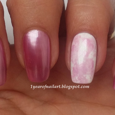 Marble nail art nail art by Margriet Sijperda