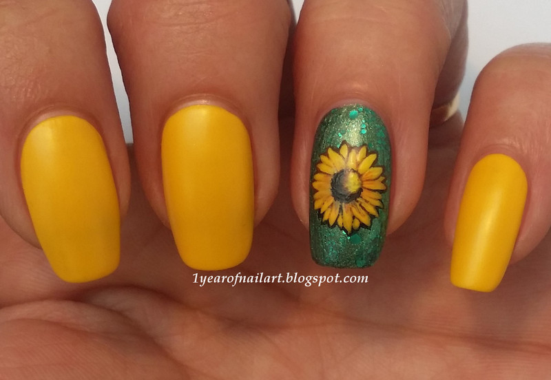 Sunflower. Sunflower nail art ... - Sunflower Nail Art By Margriet Sijperda - Nailpolis: Museum Of Nail Art