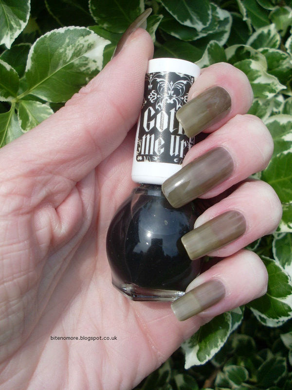 Miss Sporty Goth Me Up Swatch by Tracey - Bite no more - Nailpolis ...