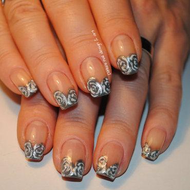 Gray roses- gel nails at home nail art by Ditta