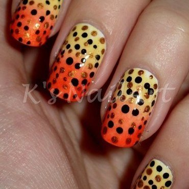 Polka dots nails 1 thumb370f
