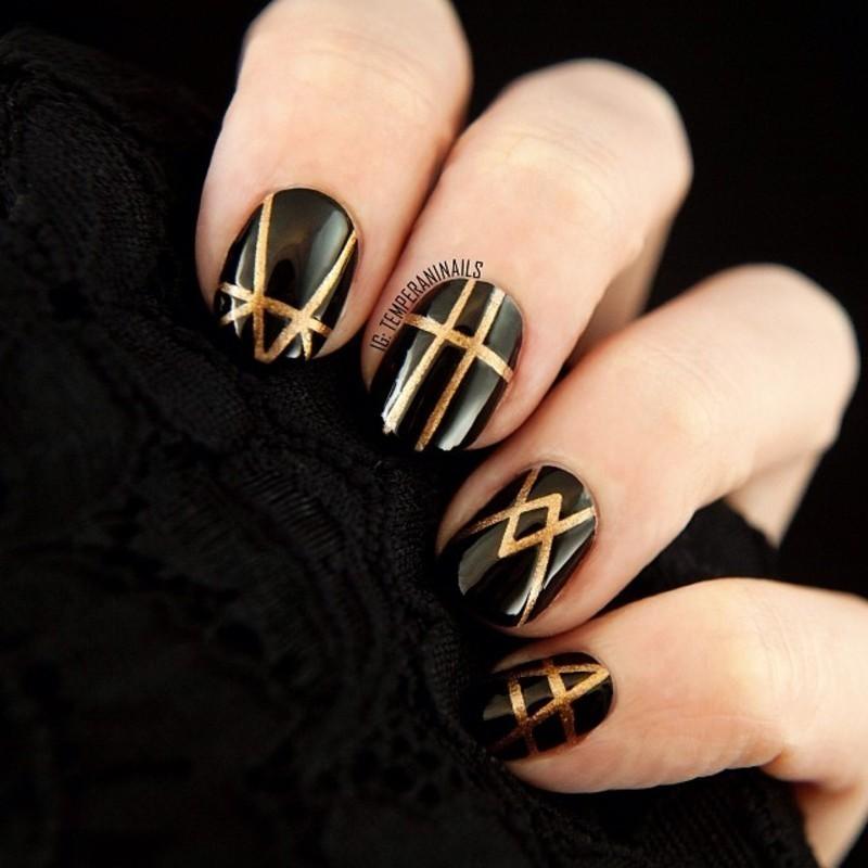 Gatsby inspired nail art by Temperani Nails