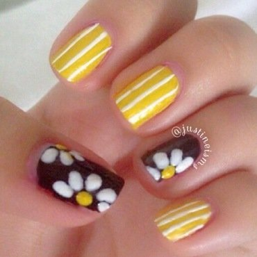 Cheerful Daisies nail art by ℐustine