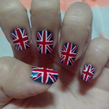 Union Jack nail art by Judy Ann Chio