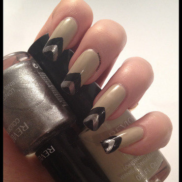 Art Deco Chevrons nail art by Carrie