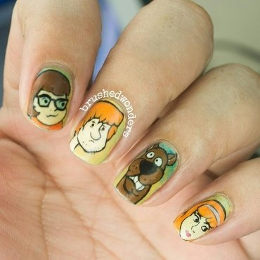 scooby doo nail art :) nail art by Kate
