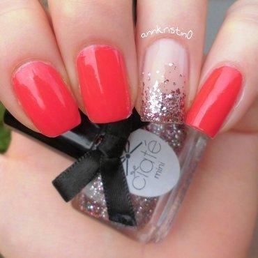Glitter Gradient Accent Nail nail art by Ann-Kristin
