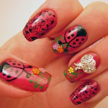 Ladybugs Skittlette nail art by Karolyn