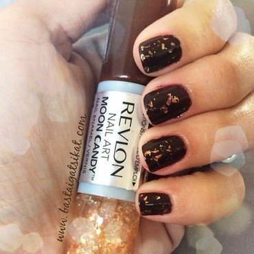 Chocolate Stardust nail art by Maria Franco