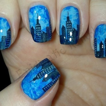 City Skyline Nails nail art by Enigmatic Rambles