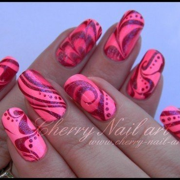 Water marble fluo nail art by Cherry Nail art