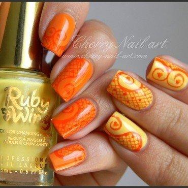 Resille et arabesques nail art by Cherry Nail art