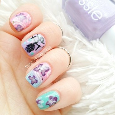 dreamcatcher & butterflies nail art by froschstuetzpunkt