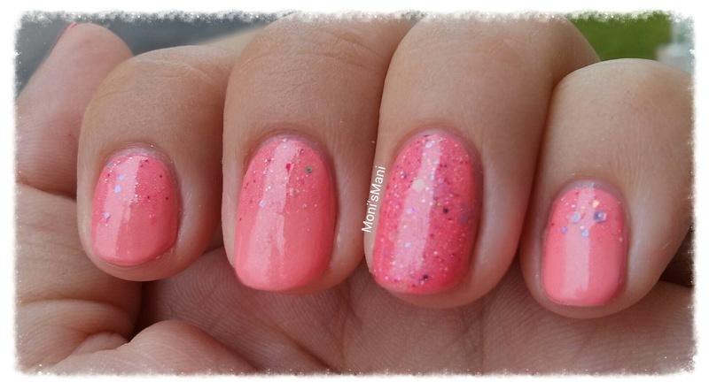 coral pink and glitter gradient nail art by Moni'sMani