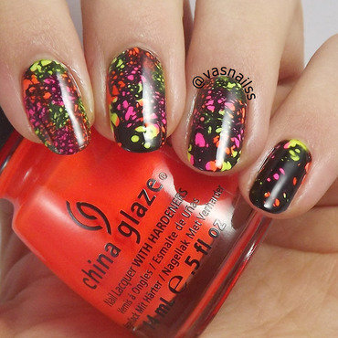 Neon Water Spotted nail art by  Vanesa