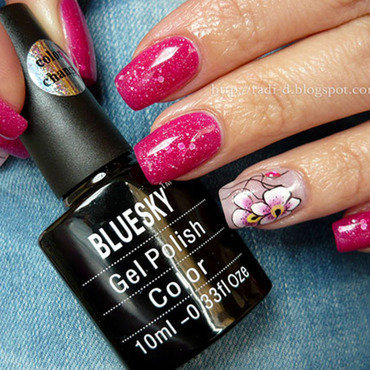Bluesky color changing gel polish TC21 Swatch by Radi Dimitrova
