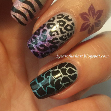 Holo animal print nails thumb370f