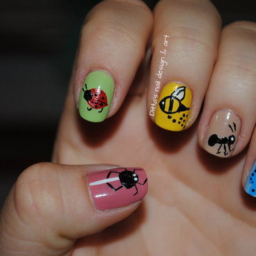 Little bugs nail art by Ditta