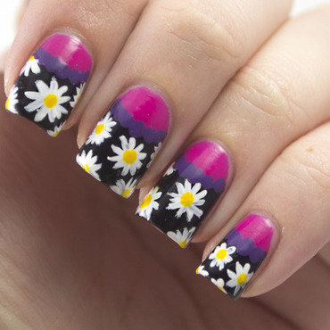 Theme buffet daisy flower nail art 1 thumb370f