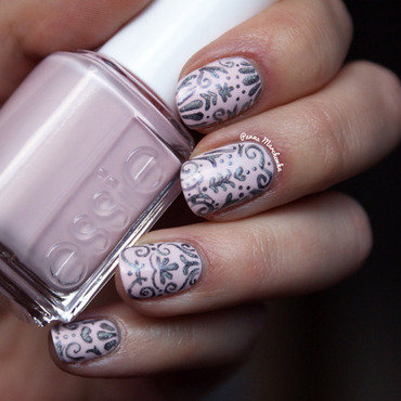 Baroque Nails nail art by Panna Marchewka