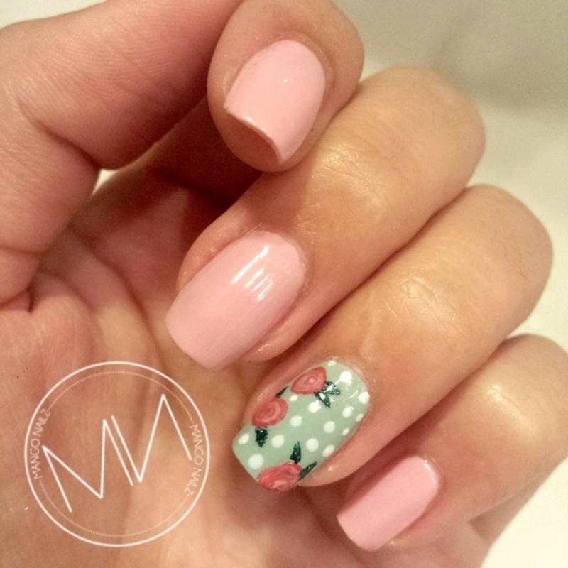 Vintage floral accent nail nail art by Mango Nailz - Nailpolis ...