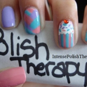 Cupcake, braid, manicure nail art by IntensePolishTherapy Anita