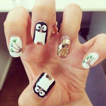 pengiun nails nail art by Luxi Zhang