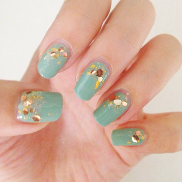 Mermaid Tears nail art by Luxi Zhang