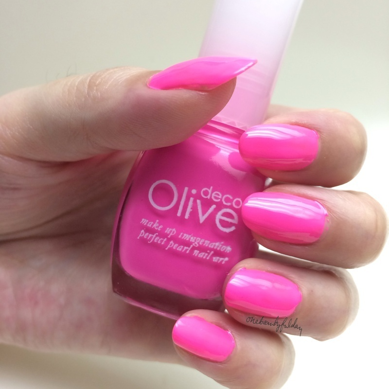 Olive Deco Fluorescent Pink (122) Swatch by onebeautyfulday