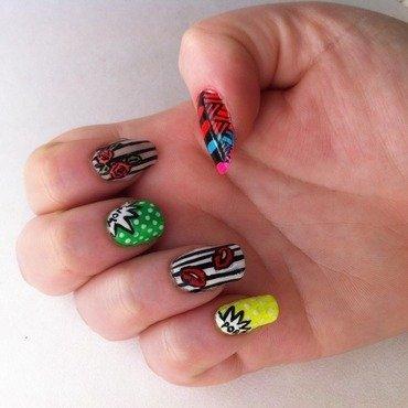 Street Art Nail Art nail art by Suzanne