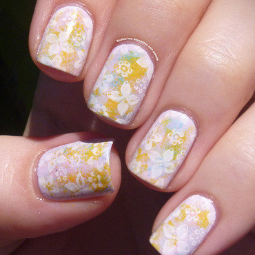 Spring flowers nail art by Maria