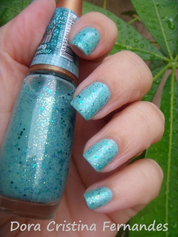 Charming nail art by Dora Cristina Fernandes