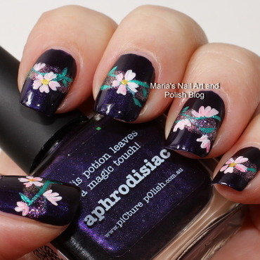"Aphrodisiac flowers - nail art nail art by Maria ""Maria's Nail Art and Polish Blog"""