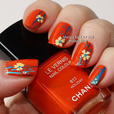 "Holiday wiht flakies and flowers nail art by Maria ""Maria's Nail Art and Polish Blog"""