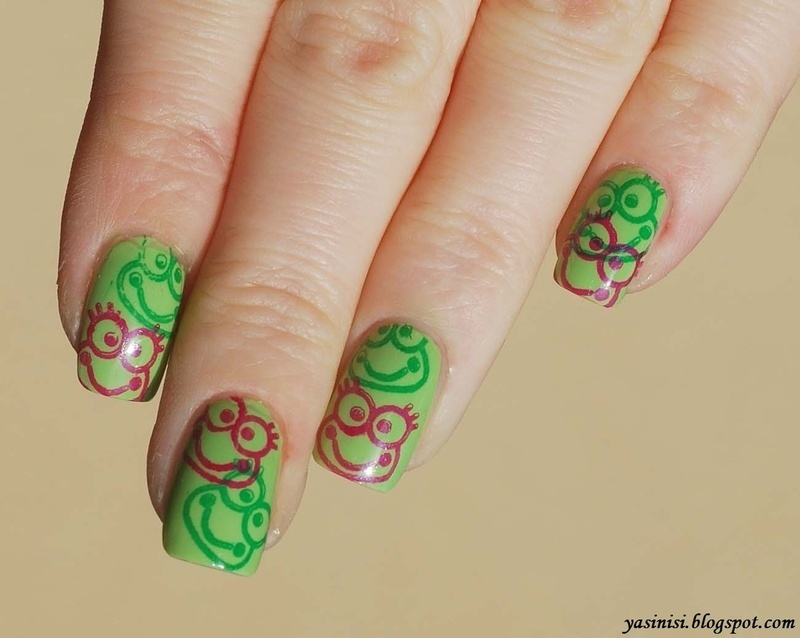 Happy frogs nail art by Yasinisi