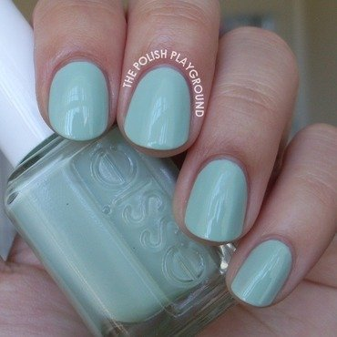 Essie mint candy apple 1 thumb370f