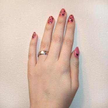 Hugs and Kisses nail art by Toria Mason
