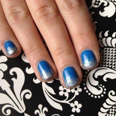 Blue sparkly ombré  nail art by Kayla