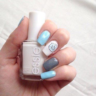 dotted circle manicure nailart nail art by tesaw