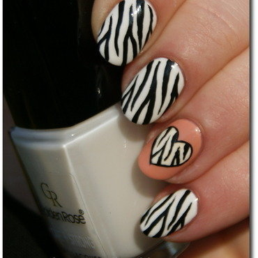 Zebra nail art by RedRouge