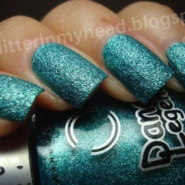 Dance Legend Sahara Crystal Lagoon Swatch by The Wonderful Pinkness