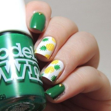 Pineapple nails  2  thumb370f